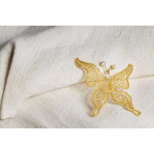 Farfalla in merletto con perle piccole