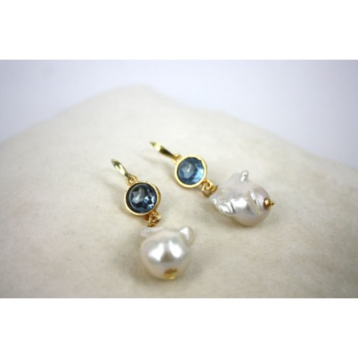 Orecchini in Argento con Zirconi Celesti e Perle