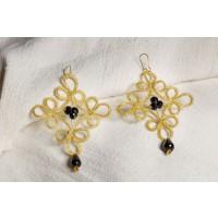 Orecchini fiore oro e nero in merletto