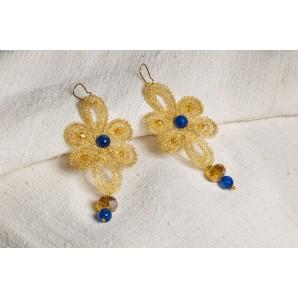 Orecchini fiori con petali lunghi in merletto