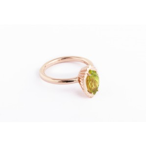 Marquise Cupcake Ring in silver and pink gold with peridot
