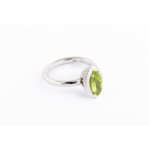 Marquise Cupcake Ring in silver and white gold with peridot