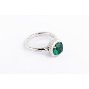 Big Round Cupcake Ring in silver and white gold with emerald