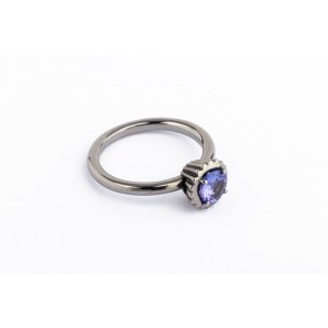 Small Round Cupcake Ring in rhodium silver with tanzanite