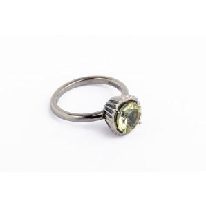 Big Round Cupcake Ring in rhodium silver with lemon quartz