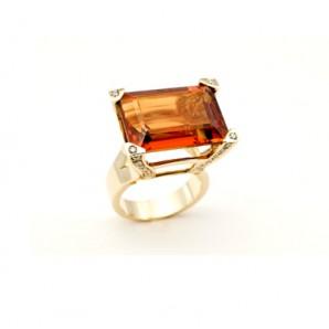 Gold Ring with Madeira Quartz