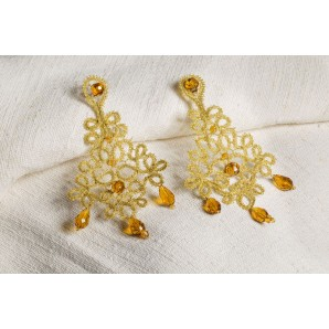 Chandelier lace earrings